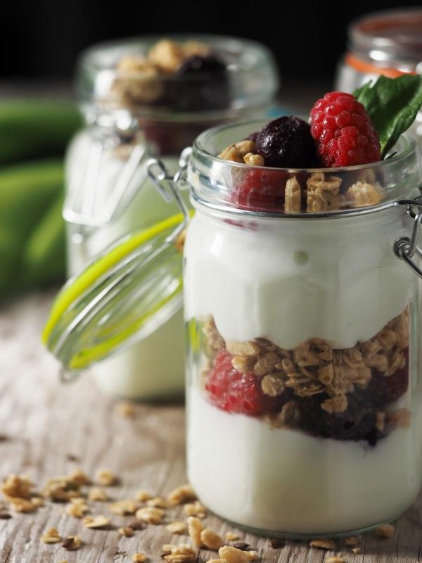sites/default/files/yogurt-1081135_1920.jpg