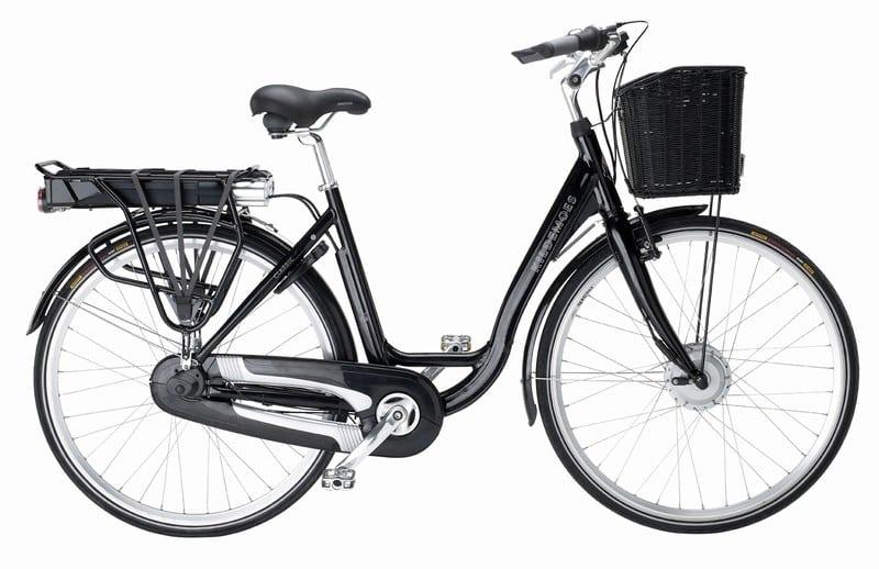 Cyklar till Paris för Barncancerfonden
