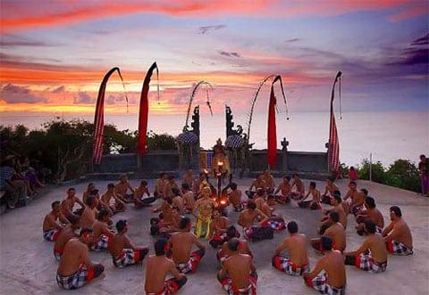 Åk till magiska Bali och utöva yoga