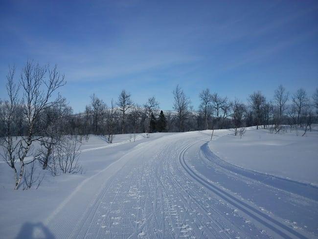 Kristina lär dig åka skidor i Hemavan