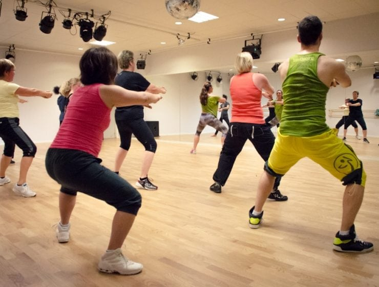 Zumba Sentao: Styrka och rytmer för alla kroppar