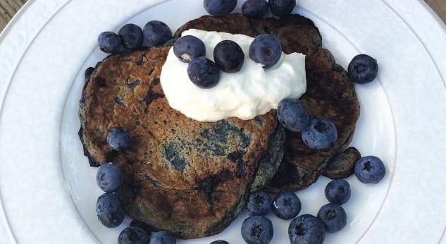 Recept: Nyttiga blåbärspannkakor