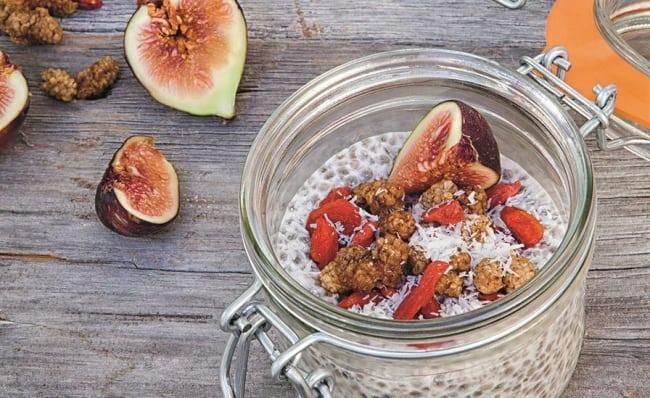 Recept på nyttigt mellanmål: Kokos- och chiapudding