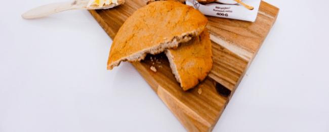 Baka ditt nästa bröd med durramjöl!