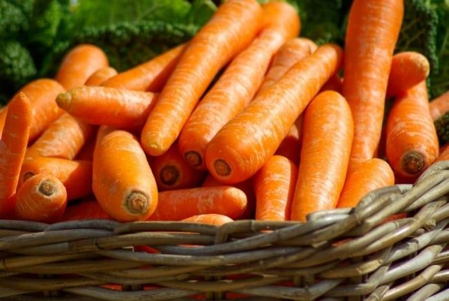 10 hälsofördelar med morötter