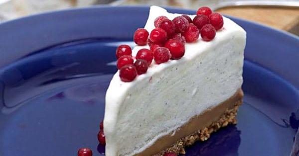 Cheesecake med kola- och pepparkaksbotten