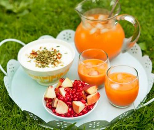 Njut av frukost ute i det fria