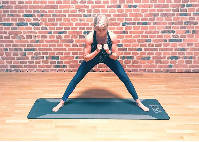 Veckans träningsprogram - 5 dynamiska yogaövningar