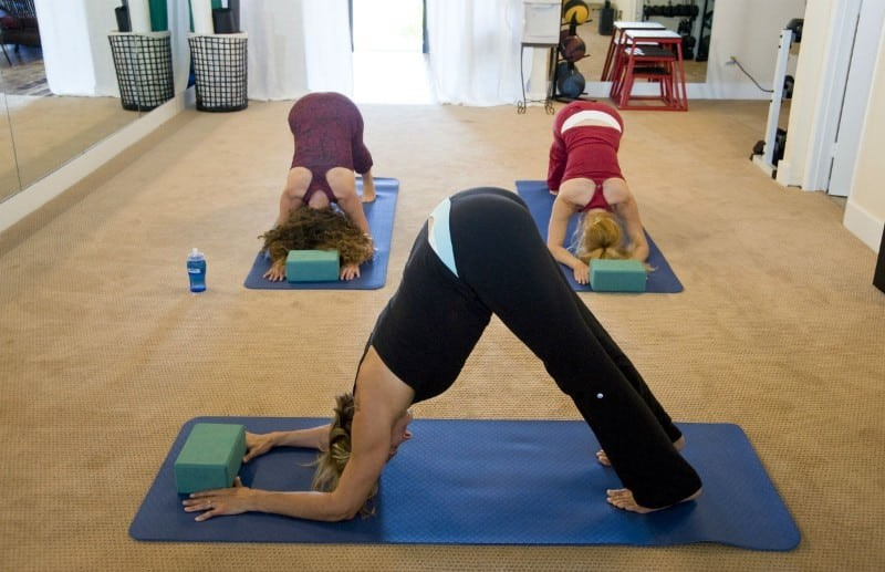 52144_yoga-263673_1920