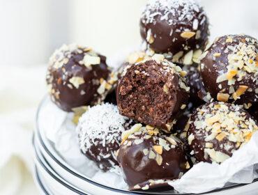 chokladbollar med avokado