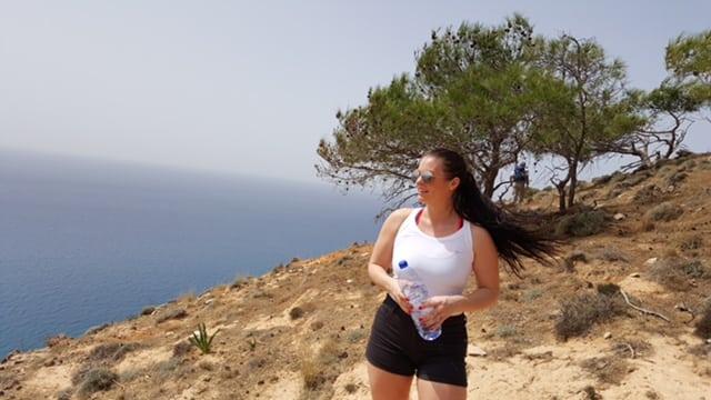 """Therese om marathonloppet på Cypern: """"Vindpustarna från havet gav mig energi"""""""