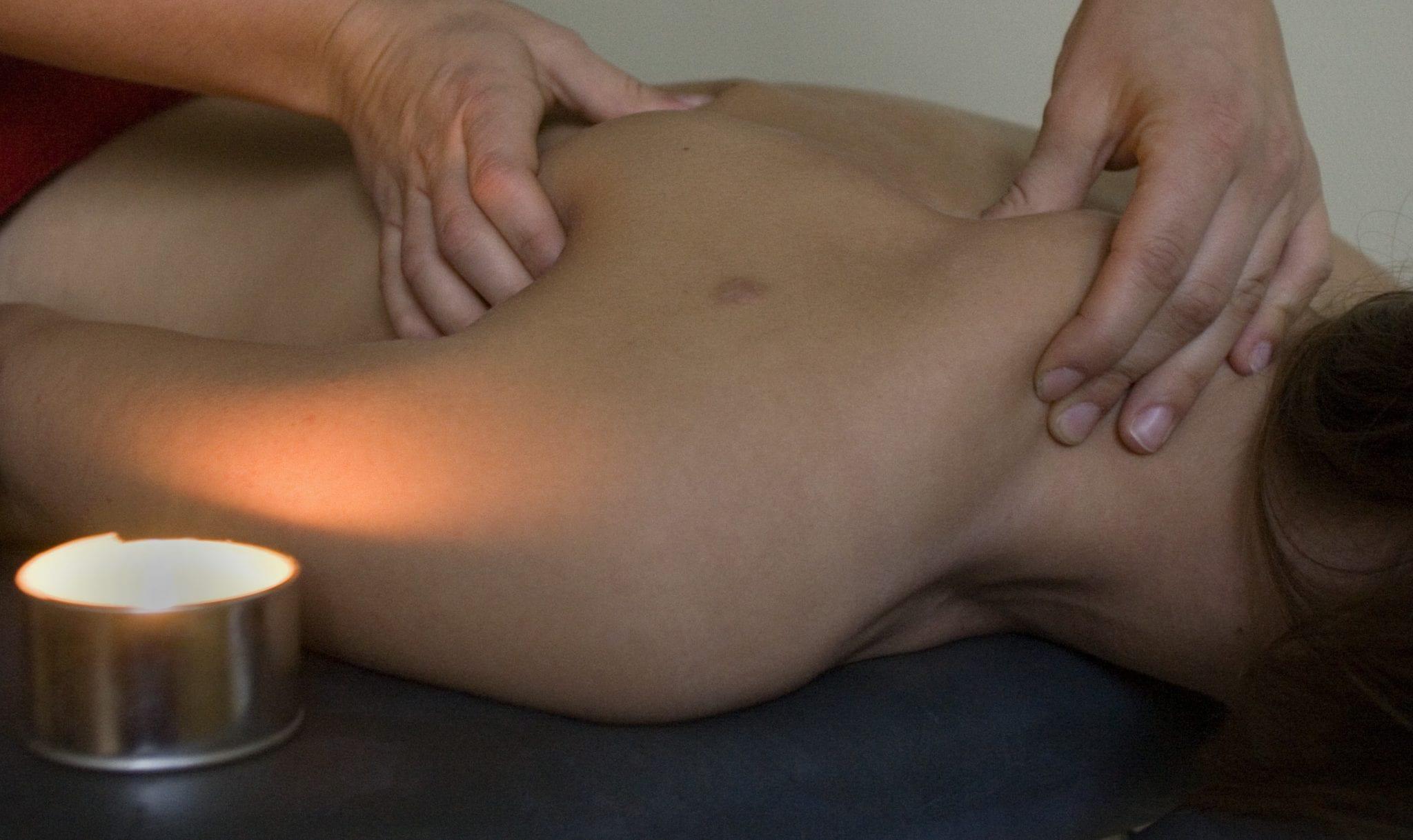Besök hos naprapat är effektivare och billigare än hos ortoped