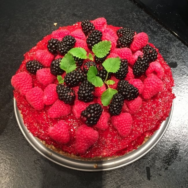 Vegansk rawfoodtårta med hallon
