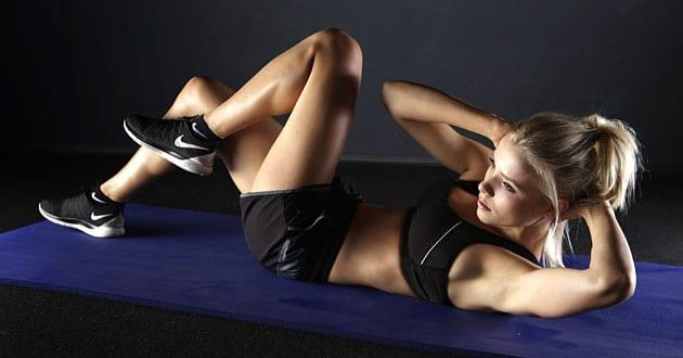 kan man träna magen varje dag