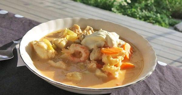 Fisksoppa med aubergine och paprika - recept