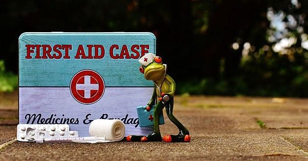 Första hjälpen – utrustningen du alltid bör ha hemma