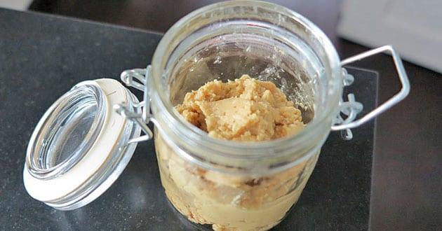 Hemgjort nötsmör - recept och 10 mumsiga mattips