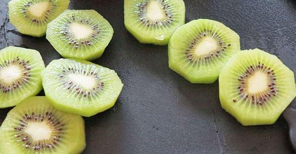 Kiwi – så nyttig är frukten + 3 goda sätt att äta den