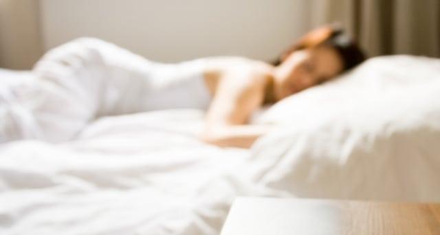 Kvinnor sover sämre än män