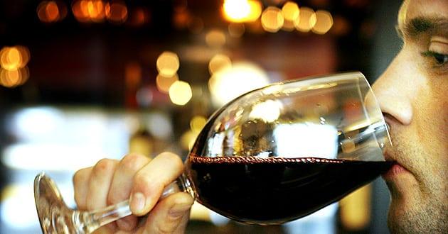Måttlig alkoholkonsumtion kan gynna personer med specifik gen