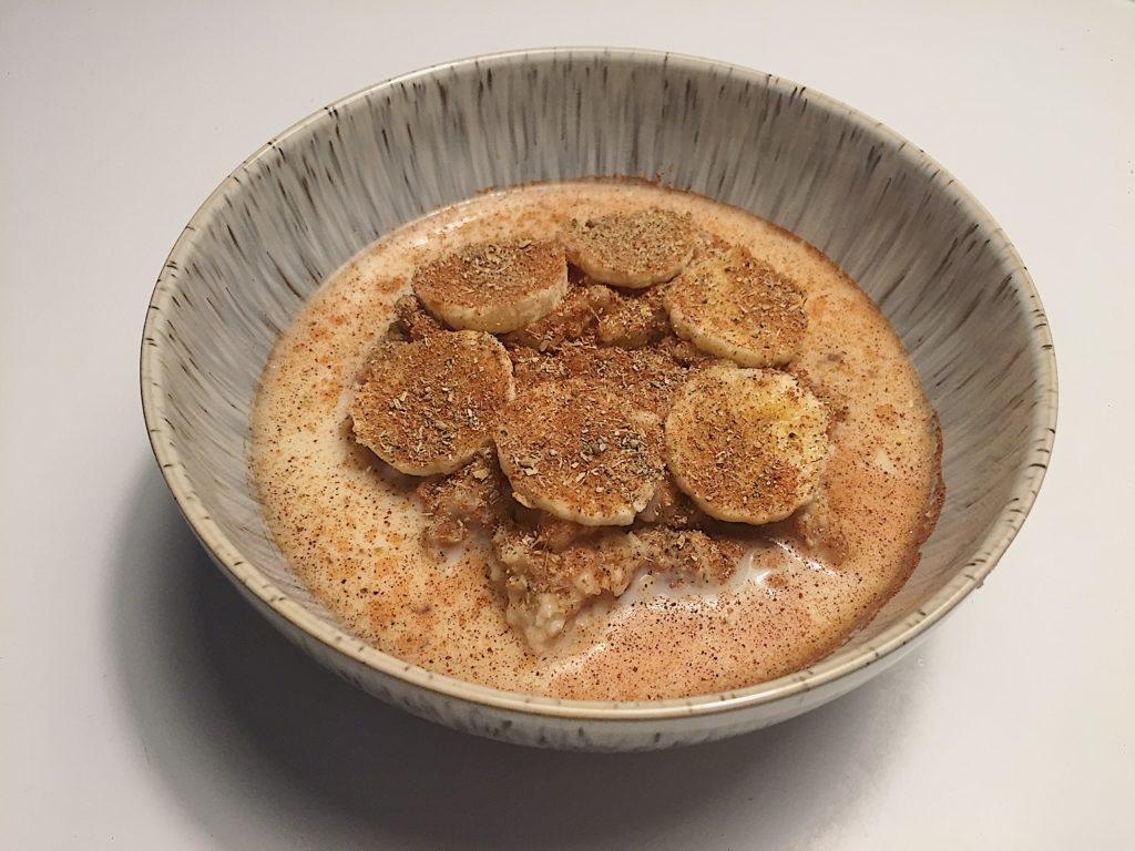 12 frukosttips - havregrynsgröt med banan