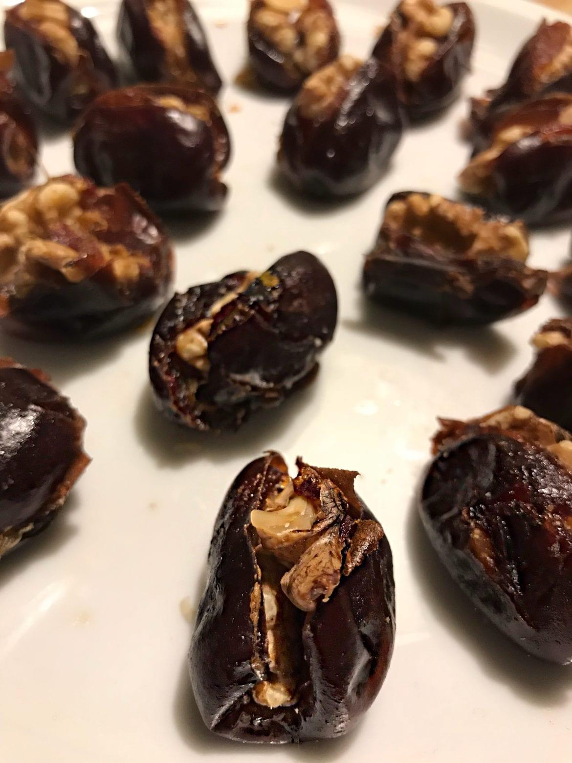 Recept: daddlar med nötter