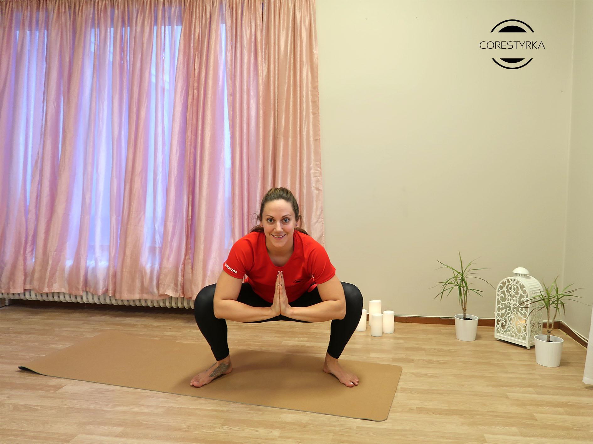 Ryggrotation yogaövning