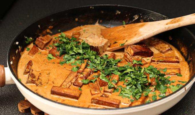 vegansk tofu strokanoff