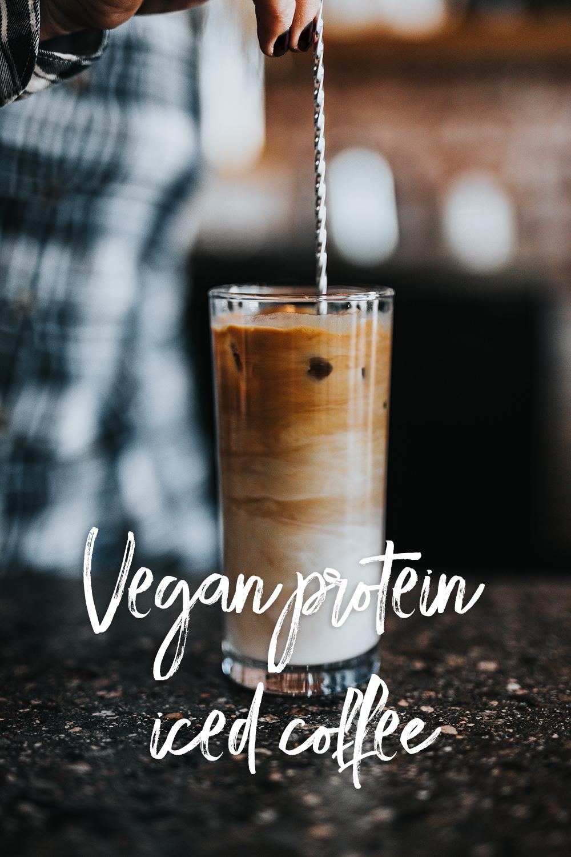 Vegansk proteinrik iskaffe