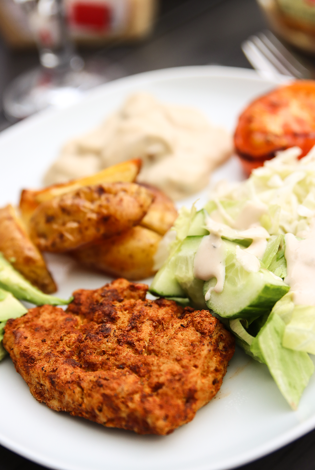 grillad vegansk kyckling på seitan och tofu