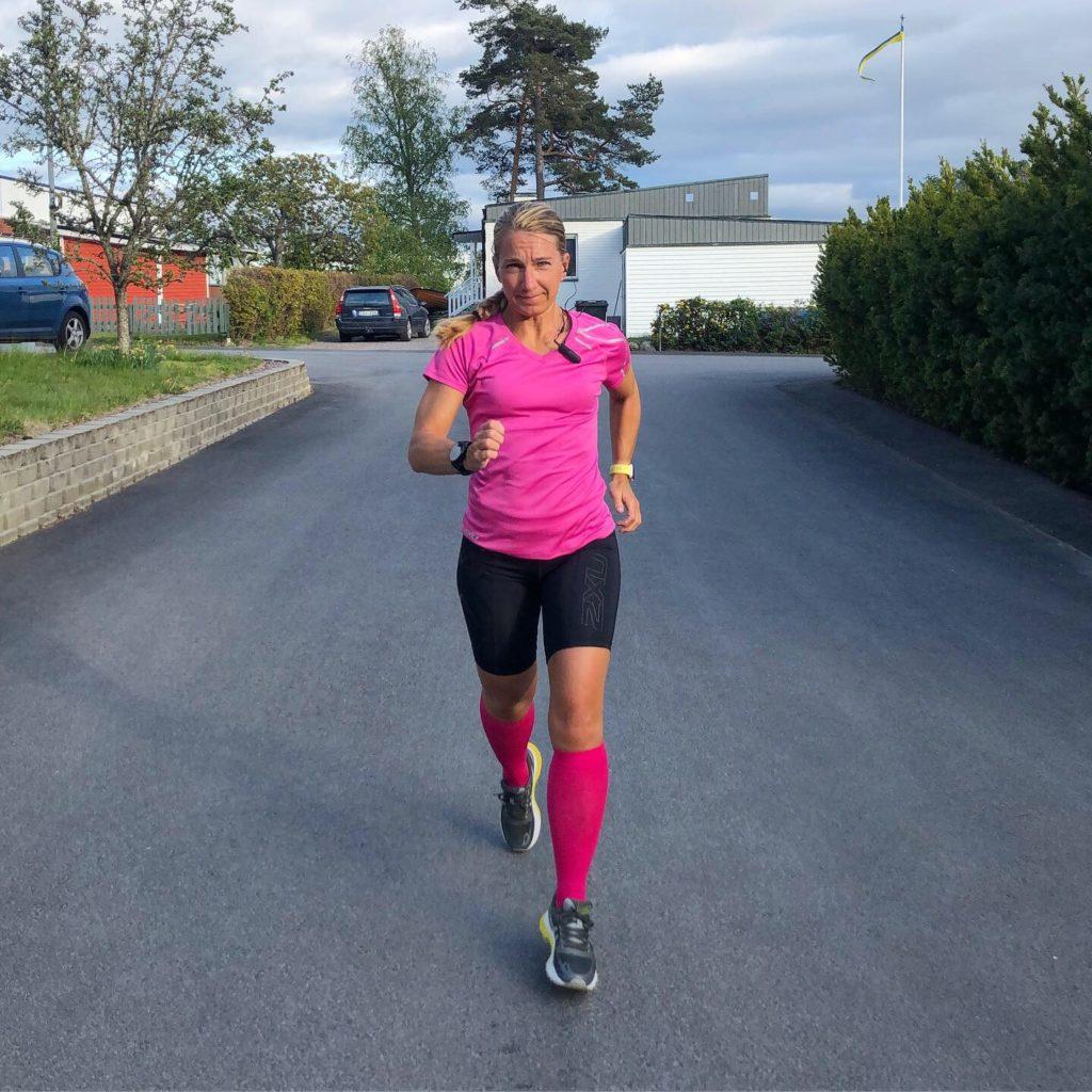 Löpning med trådlösa hörlurar