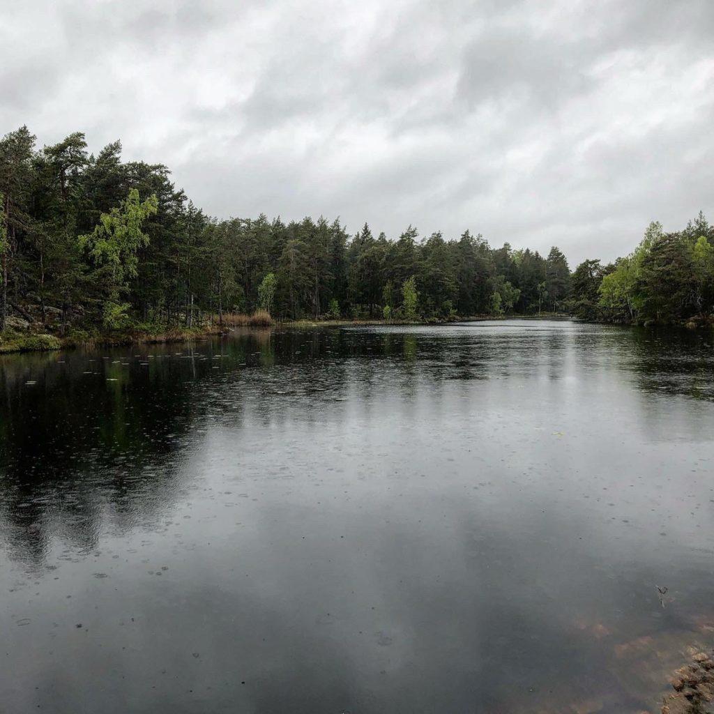 Lunnsjön i regn