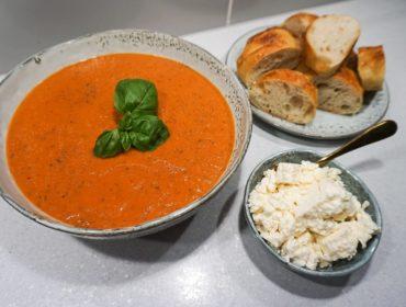 Tomatsoppa med fetaost