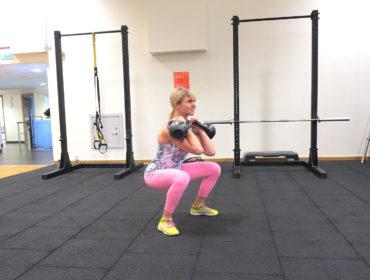 Kettlebell front squat - Anna Lissjanis