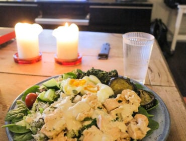 Lax, ägg, spenat och aubergine /Anna Lissjanis
