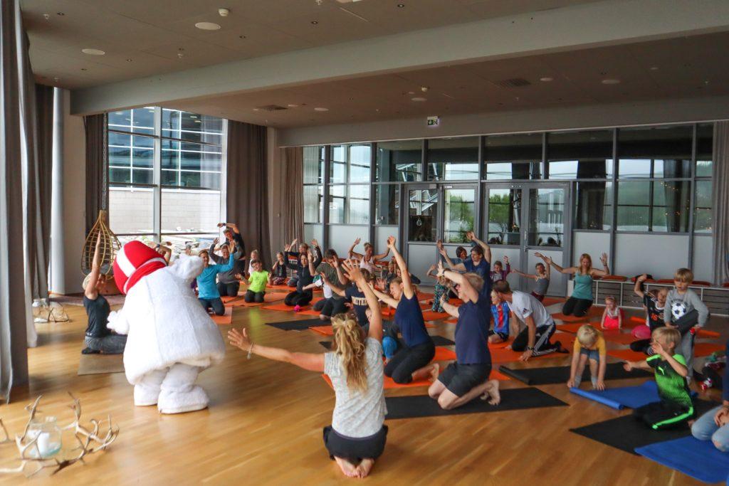 frisk och stark familj Anna Lissjanis yoga åre