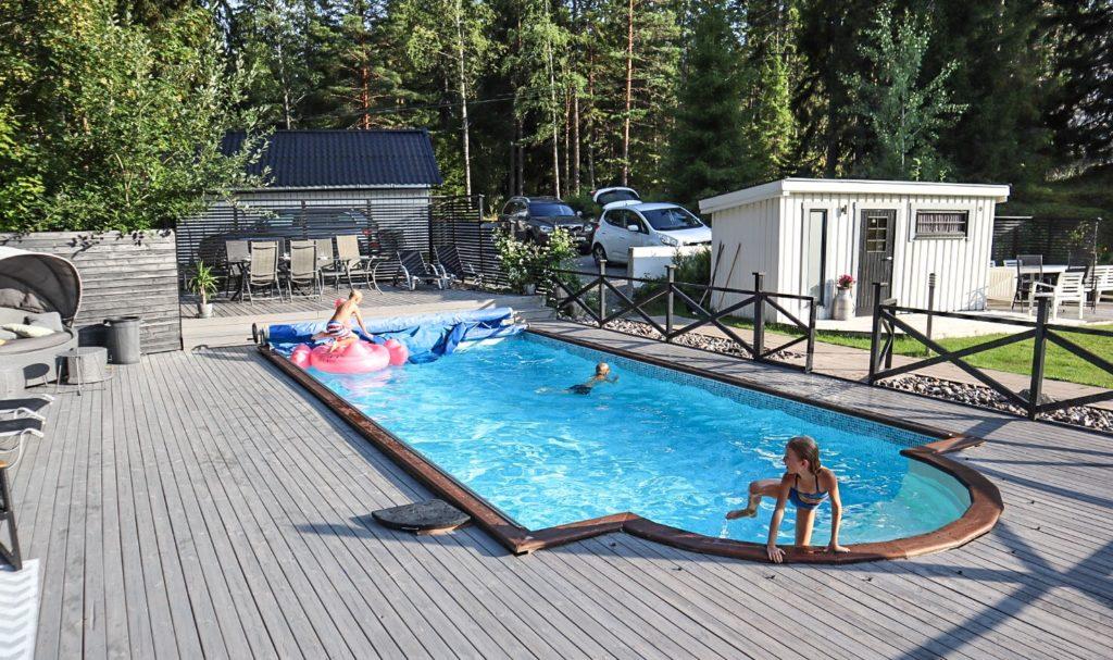 pool, Milla, Ingarö