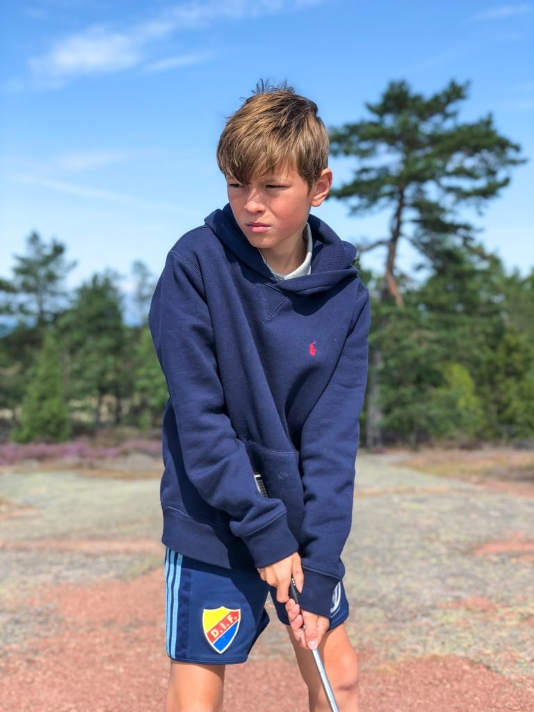Hampus, minigolf, Åland